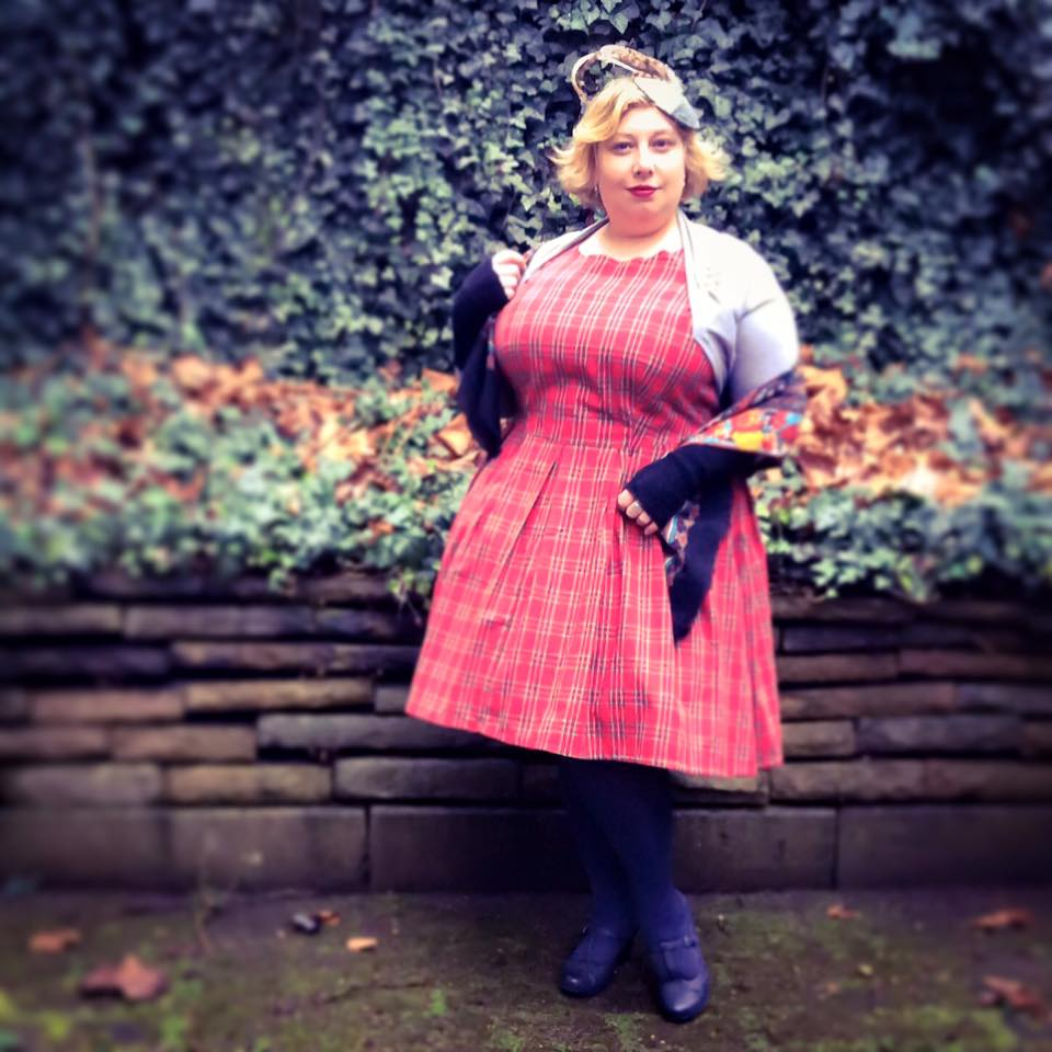 Miss Kittenheel Vintage Plussize Style Dolly Dotty Tartan Tracht 1950s PinUp Rockabilly