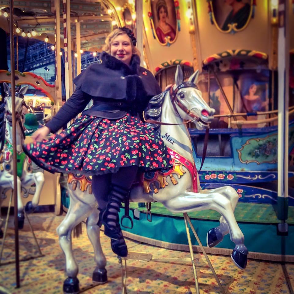misskittenheel-vintage-curvy-plussize-steampunk-jahrhunderthalle-11