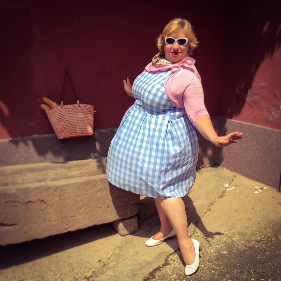 MissKittenheel Alsace Itterswiller babyblue Gingham Check Dress LindyBop Colette 01