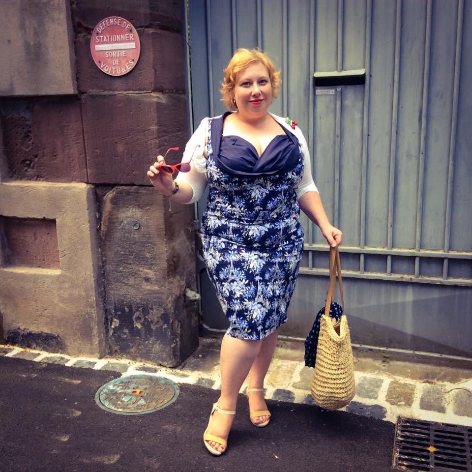 MissKittenheel Eiffeltower Dress LindyBop Vanessa Navy Selestat 07