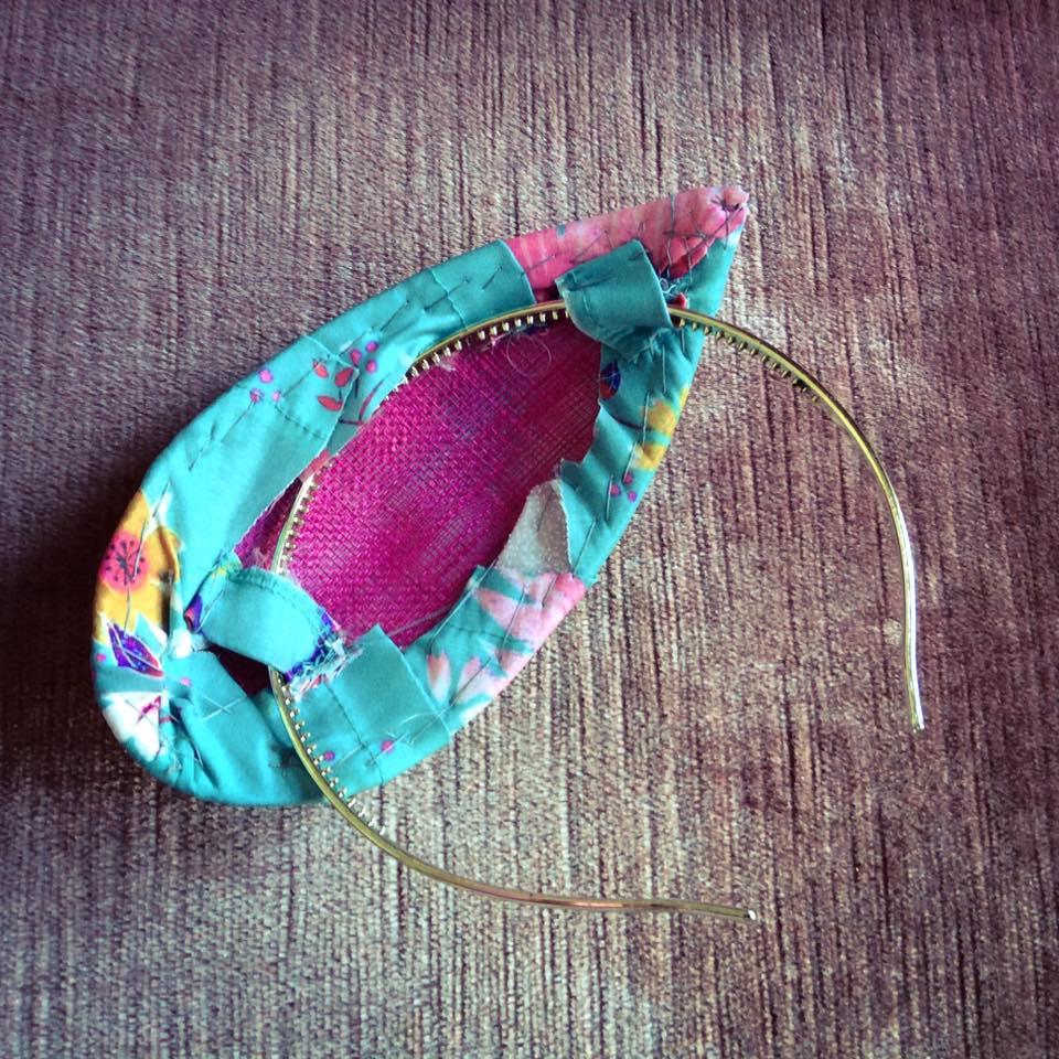 misskittenheel-vintage-plussize-diyyourcloset-lindybop-peacock-fascinator-hat-millinery-03