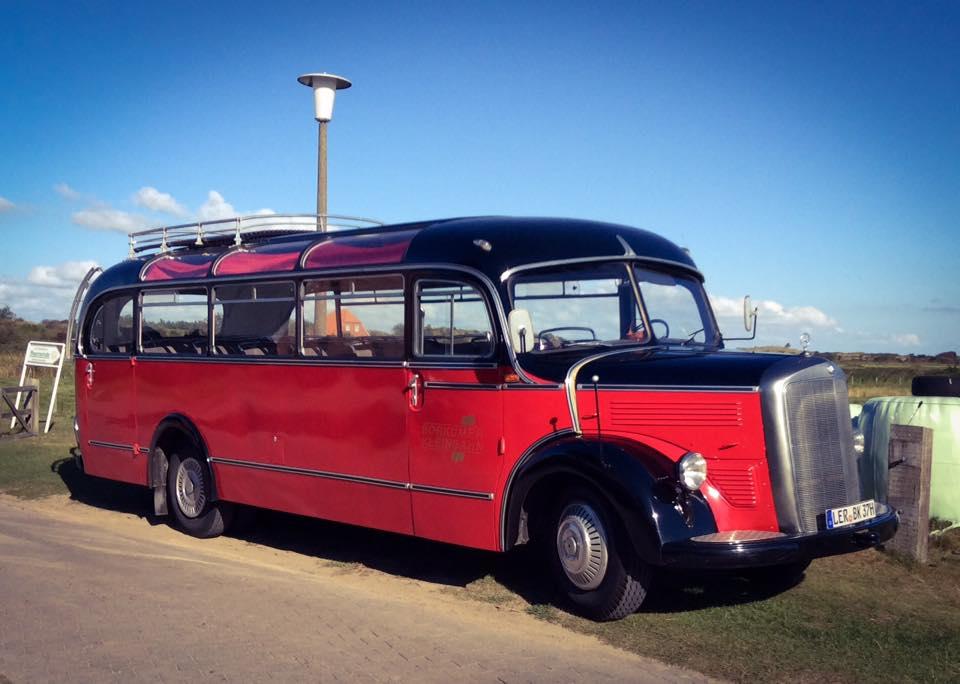 misskittenheel-vintage-plussize-nostalgiebus-oldtimer-bus-fairisle-collectif-sweater-tartan-04