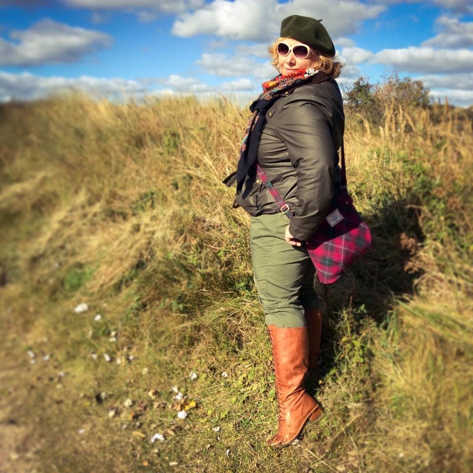 misskittenheel-vintage-plussize-tedandmuffy-ted-muffy-marvel-boots-adventure-retro-borkum-02