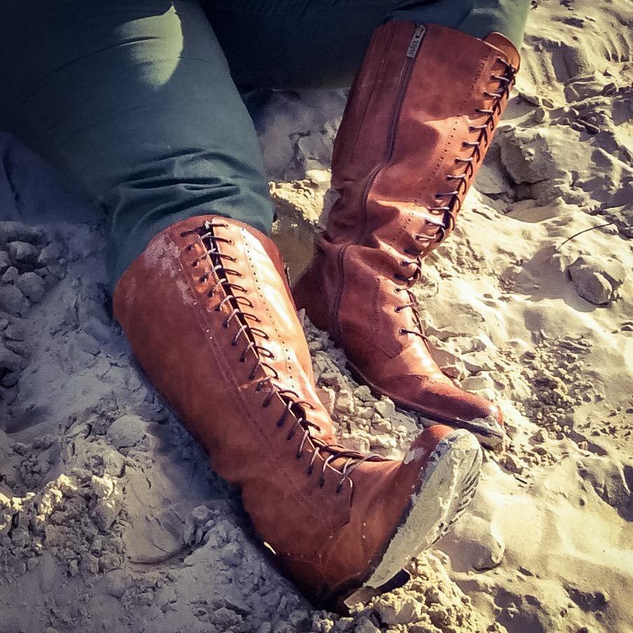 misskittenheel-vintage-plussize-tedandmuffy-ted-muffy-marvel-boots-adventure-retro-borkum-06