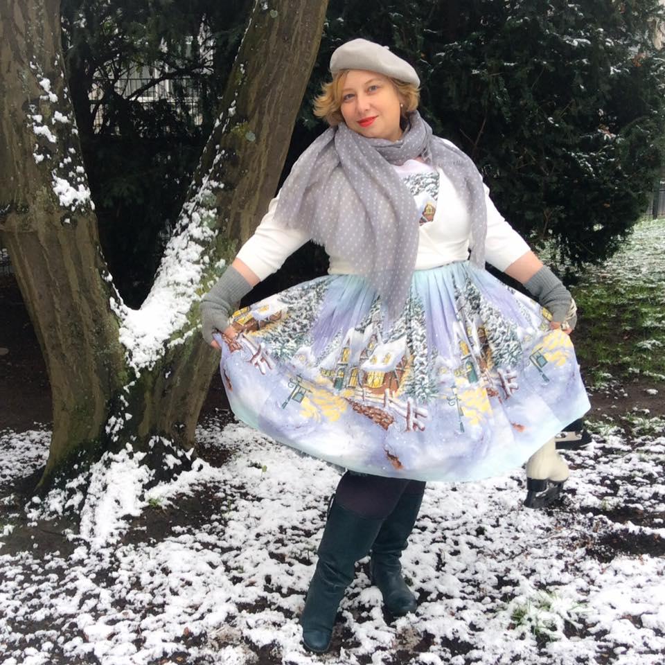 misskittenheel-vintage-plussize-pinup-berniedexter-winterwonderland-dress-snow-christmas-noveltyprint-07